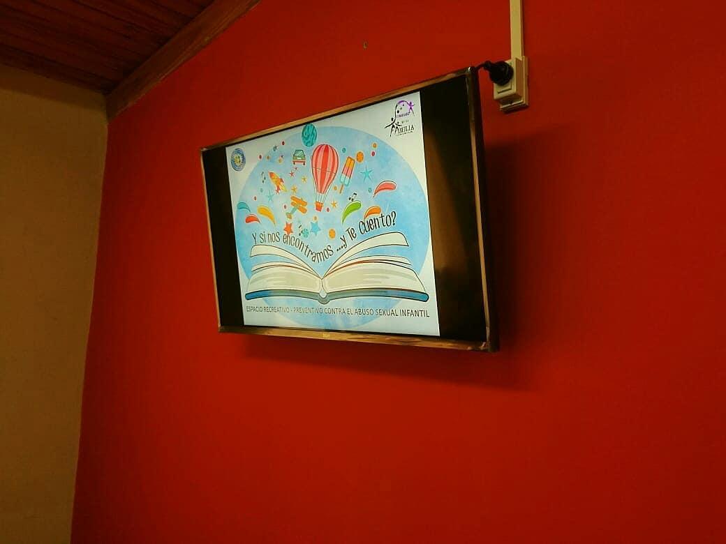LCD donado a la Comisaría de la Familia